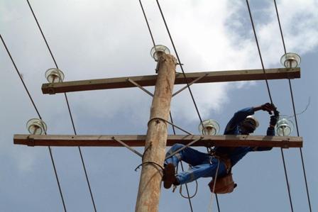 Aux quatre coins du Cameroun, c'est le même engagement avec AES Sonel