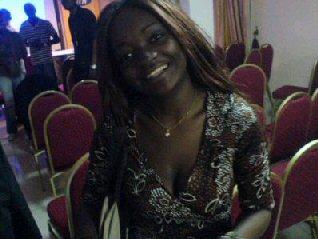 Jocelyne Nina, présentatrice de télévision au Cameroun